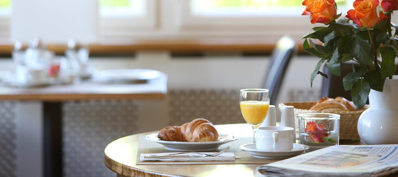 Frühstücken in der Villa Elben